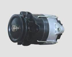 T-25 generátor kpl 700W 14V ORIGINAL